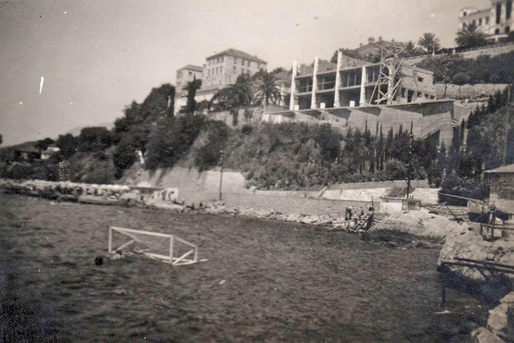 Vila u izgradnji, pogled s mora, fotografija