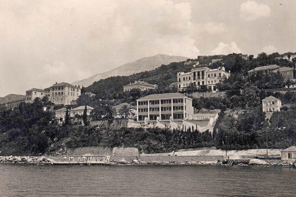 Vila Rivijera, pogled s mora, fotografija