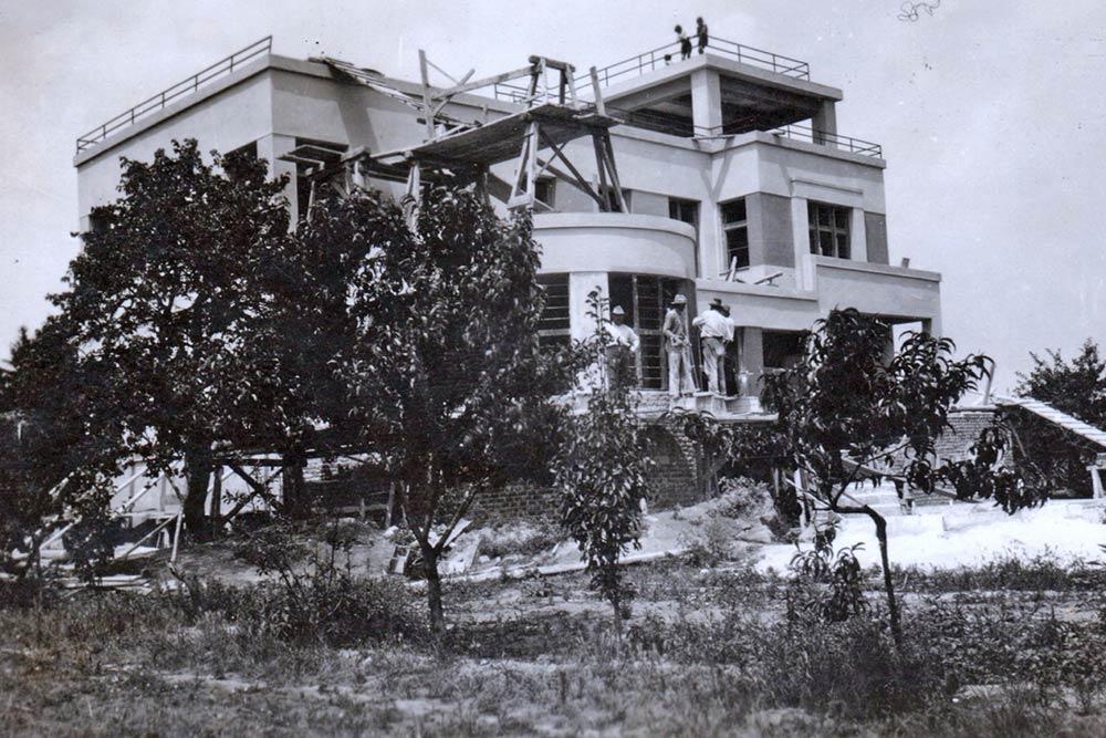Vila Mozer, u toku gradnje