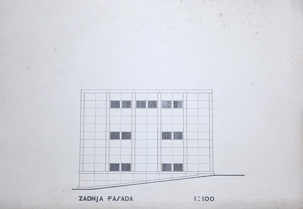 Side view, rear facade