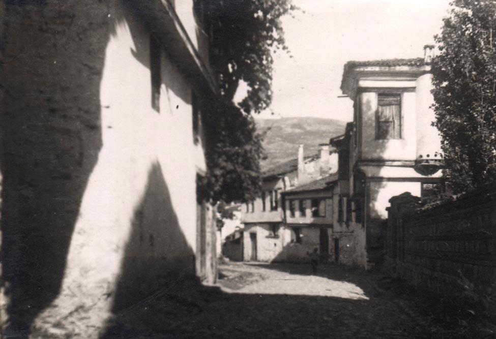 Fragment ulice u Ohridu, fotografija iz 1935. godine