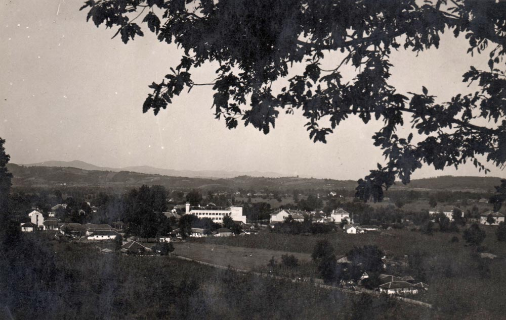Mataruška Banja, panorama, pogled na hotel. Fotografija iz 1930-tih godina