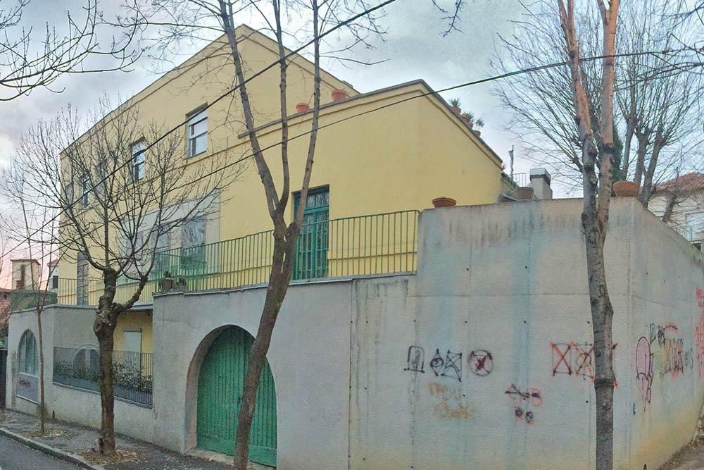 View of the corner of the house from Janka Veselinovića Street