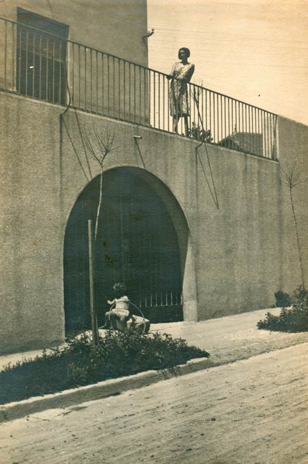 Part of the street front, from Janka Veselinovića Street. A photograph from the 1930s