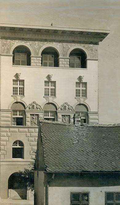 Josif Šojat building, facade from Kralja Milutina Street, photograph from 1926