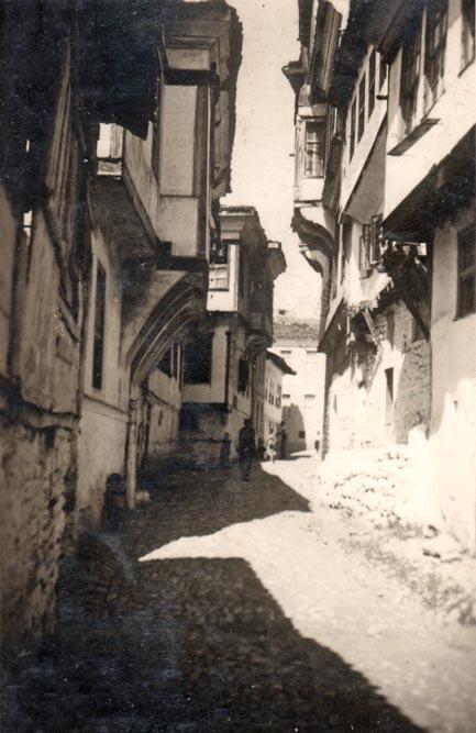 Snimak gradske ulice u Ohridu, fotografija iz 1935. godine