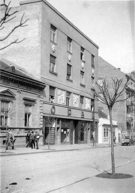 Predstavništvo firme OPEL, fotografija s početka 1930-tih