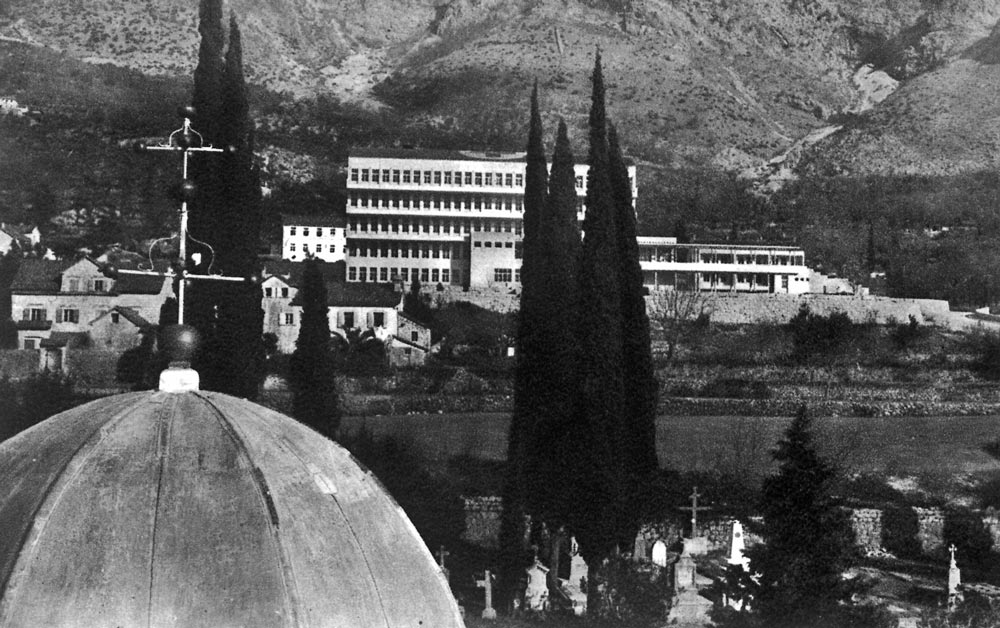 Panorama of Risan, view of the Health Center, photography