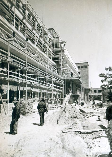 University Children's Clinic under construction, photo from 1939